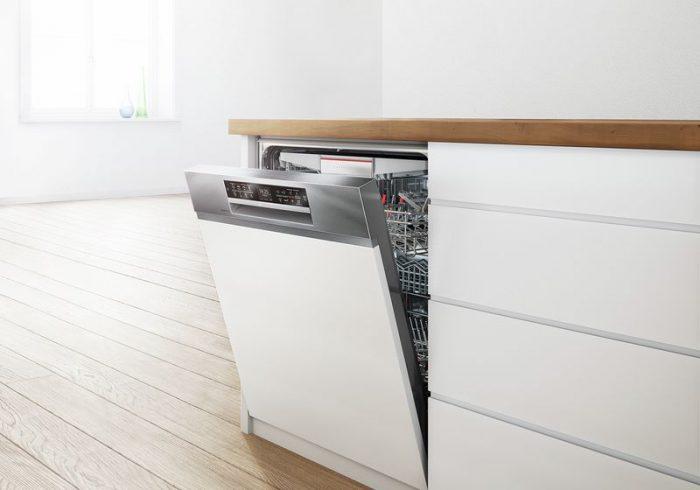 Vệ sinh máy rửa chén Bosch đơn giản tại nhà